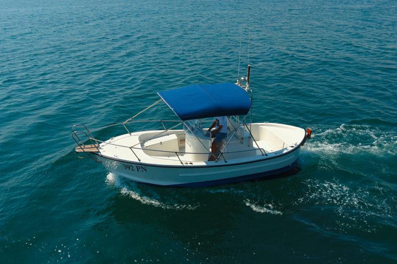 Rent a boat Punat